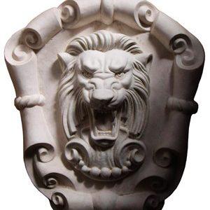Лев с картушем